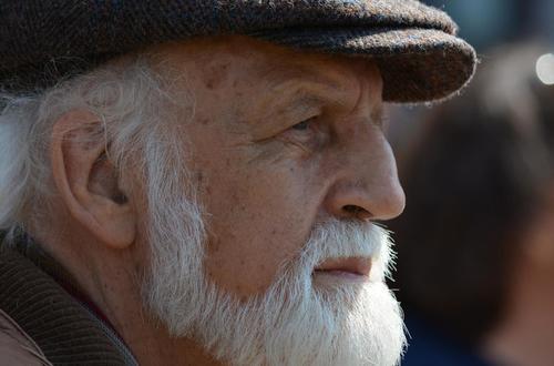Adultos mayores permanecerán en cuarentena hasta el 31 de agosto