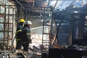 Momentos en que comienza incendio en centro de Villavo