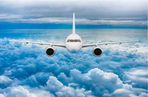 Más recomendaciones para vuelos por variante de covid