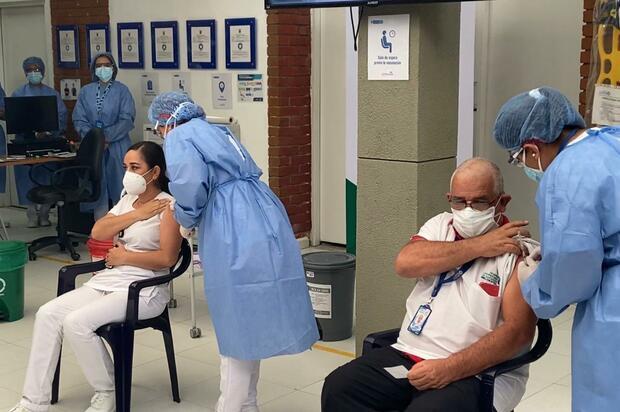 Llevamos 7.854 vacunados en el país: Minsalud