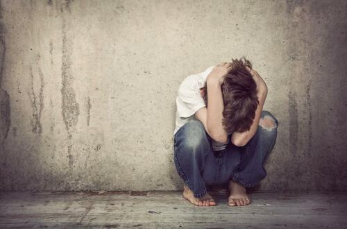 Lo que se le viene a padres irresponsables con sus hijos