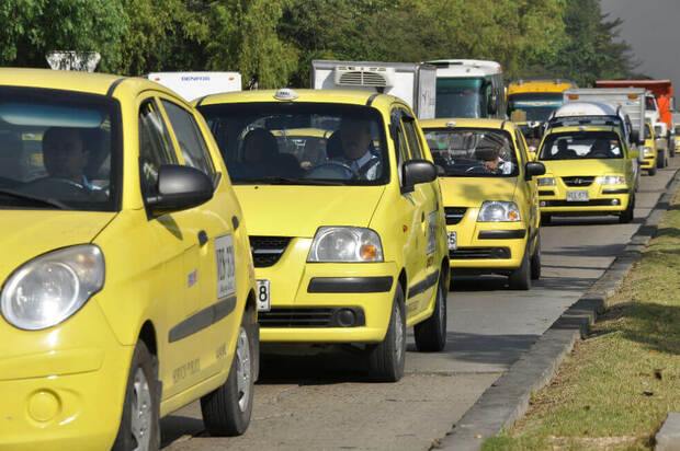 El pico y placa para taxis no tendrá modificaciones
