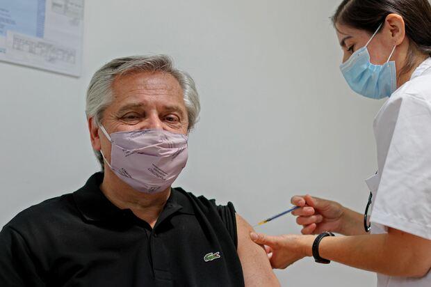 !Docentes mayores de 60, a vacunarse!