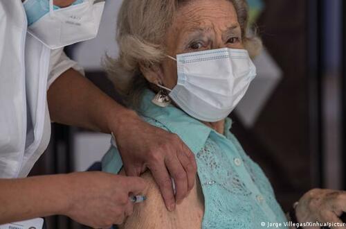¿Dónde se pueden vacunar los docentes en Villavicencio?