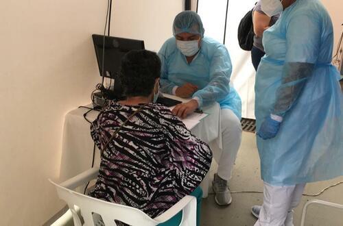 ¡Prográmese! inició vacunación Covid para mayores de 45 años