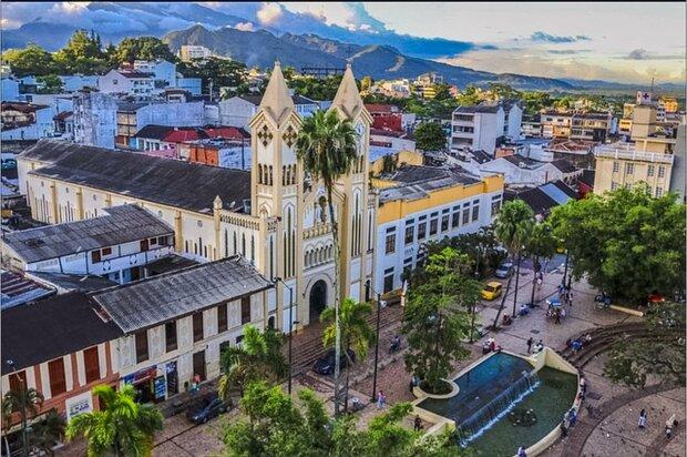 ¿Por qué Villavicencio solicitó confinamiento?
