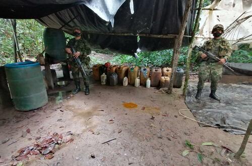Ejército desmanteló  laboratorio de coca en Fuente de Oro