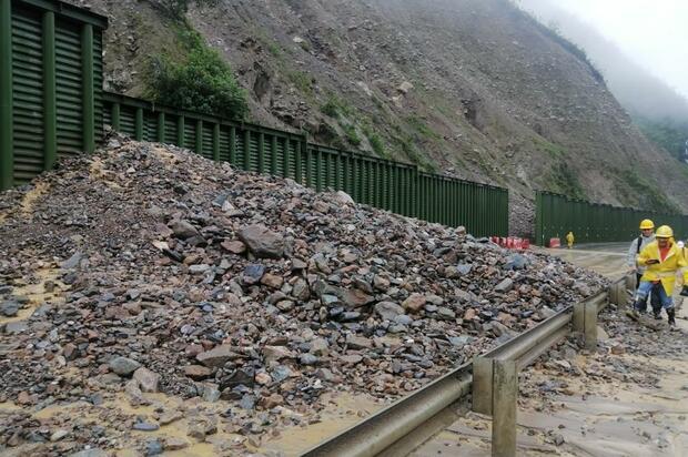 """""""Emergencias en vía al Llano son producto del invierno"""""""